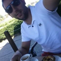 Vitor (30)