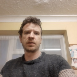 Andrew (40)