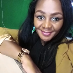 Nompie is looking for singles for a date