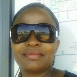 Thandie is looking for singles for a date
