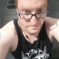 Gareth (40)