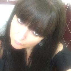 Lyndsey (40)