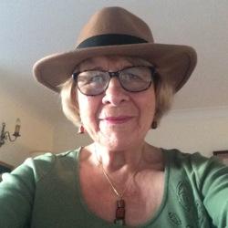 Jacqueline (74)