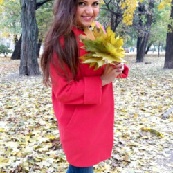 Anny is looking for singles for a date