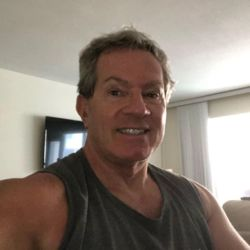 Alberich is looking for singles for a date
