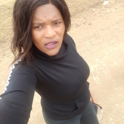 Khuselwa is looking for singles for a date