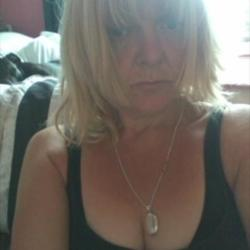 Newent is looking for singles for a date