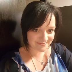 Emma (34)