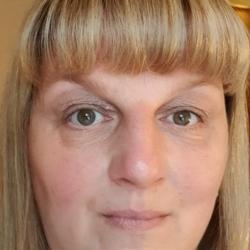 Isobell (50)
