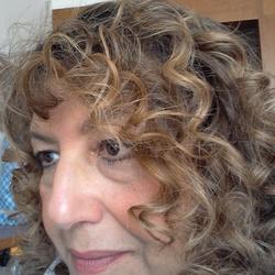 Nora (61)