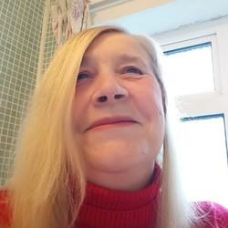 Jacqueline (61)