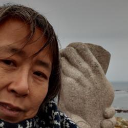 Leanne (51)