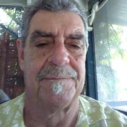 Photo of Lee