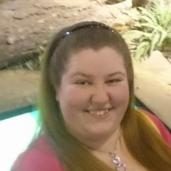 Tessa (22)