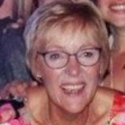Maxine (60)
