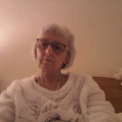 Helen is looking for singles for a date