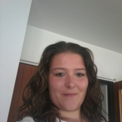 Gifty is looking for singles for a date