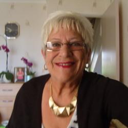 Gloria (73)