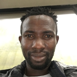 Amponsah is looking for singles for a date