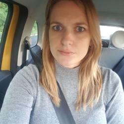 Lauren (32)