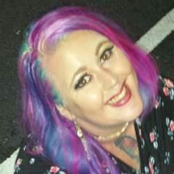 Vicky (26)
