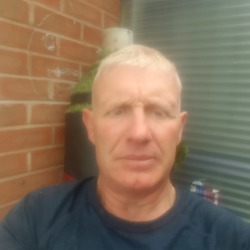 Markflynn is looking for singles for a date
