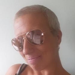 Jenny (39)