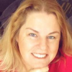 Kate, 51 from Nova Scotia