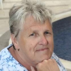 Janet (68)