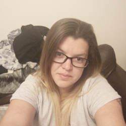 Emma-Louise is looking for singles for a date