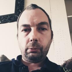 Lee (40)