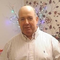 Phil (61)