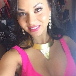 Jane, 35 from Quebec