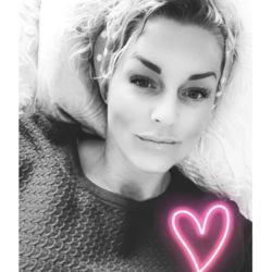 Jenna (36)